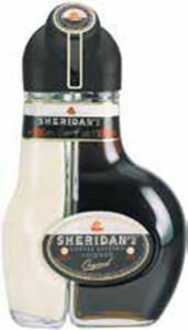Sheridan's Vanillin-Sahne-Likör und feinherber Kaffee-Likör