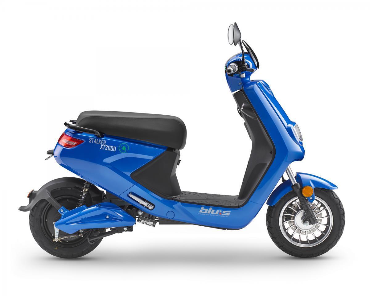 Bild 2 von Blu:s XT2000 Elektroroller STALKER (25km/h), blau