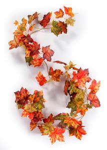 Kunstpflanzengirlande aus Herbstlaub
