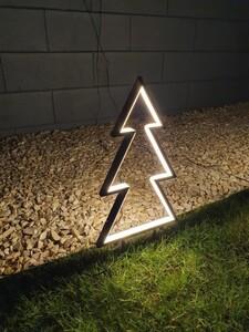 Star-Max Gartenstecker Tanne mit Neonlichtband 240 warm weißen LED
