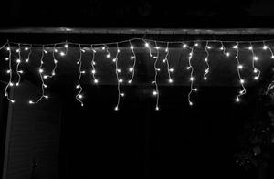 Star-Max LED Eisregen Lichterkette mit 168 eisweißen LED