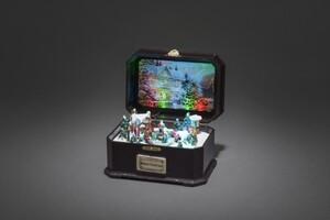 Konstsmide LED Spieluhr mit Kindern mit 8 Weihnachtsliedern