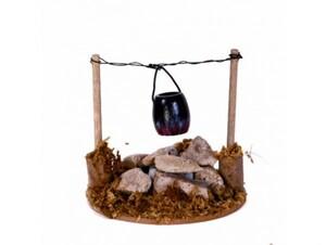 Riffelmacher Feuerstelle mit Kessel über Steinen 8 x 7 cm, LED Beleuchtung