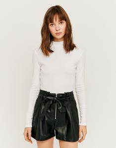 Schwarze Paperbag Shorts aus Kunstleder