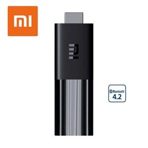 Xiaomi Mi TV Stick · HDMI-/microUSB-Anschluss · Maße: H 9,2 x B 3 x T 1,5 cm · Fernbedienung mit Sprachsteuerung  *Logos: androidTV_2019 + Google_Play_2 + Netflix_2017 + Amazon_Prime_Video + Sams