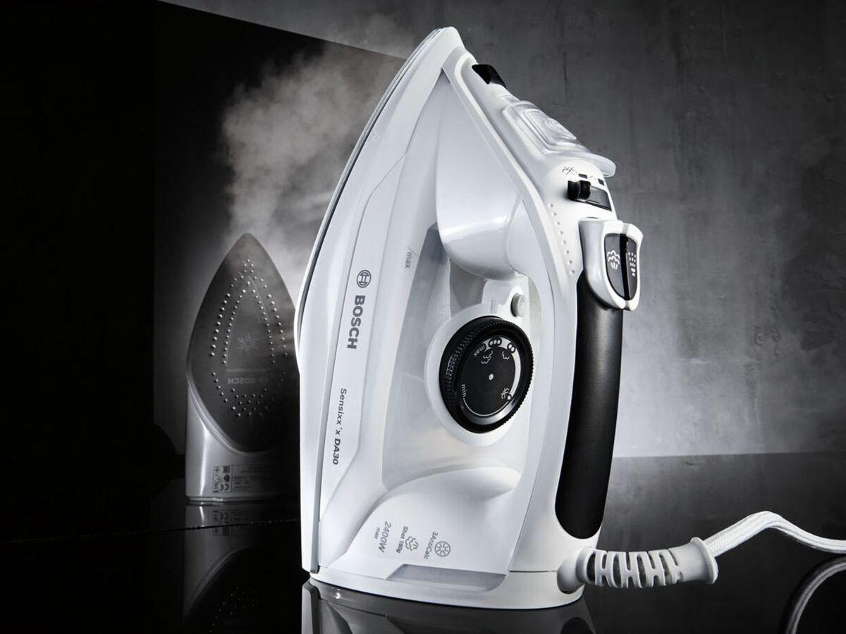 Bild 2 von BOSCH Dampfbügeleisen »Sensixx'x DA 30«