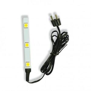 Riffelmacher LED Streifen 3fach, selbstklebend ,  mit Stecker, 3,5 V