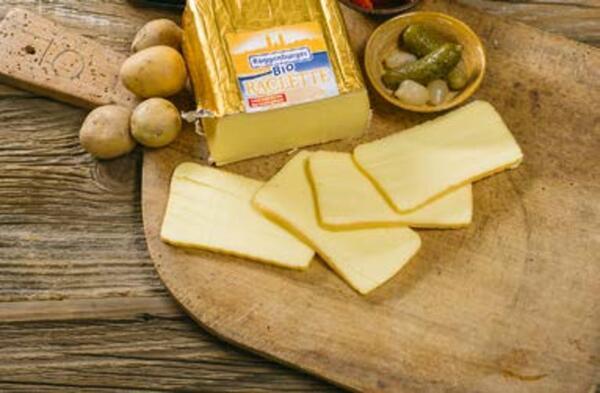 Roggenburger Bio-Raclette Käse