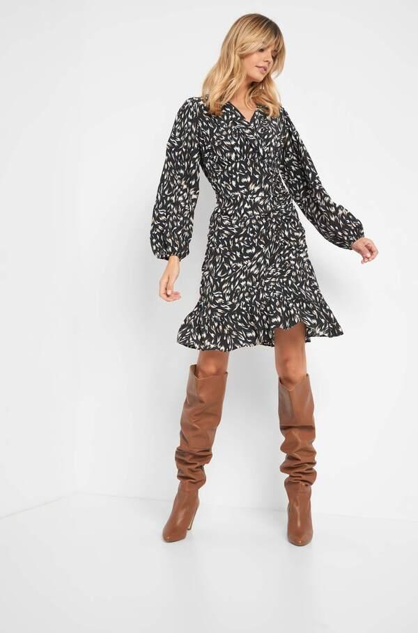Langärmliges Kleid von Orsay für 30,00 € ansehen!