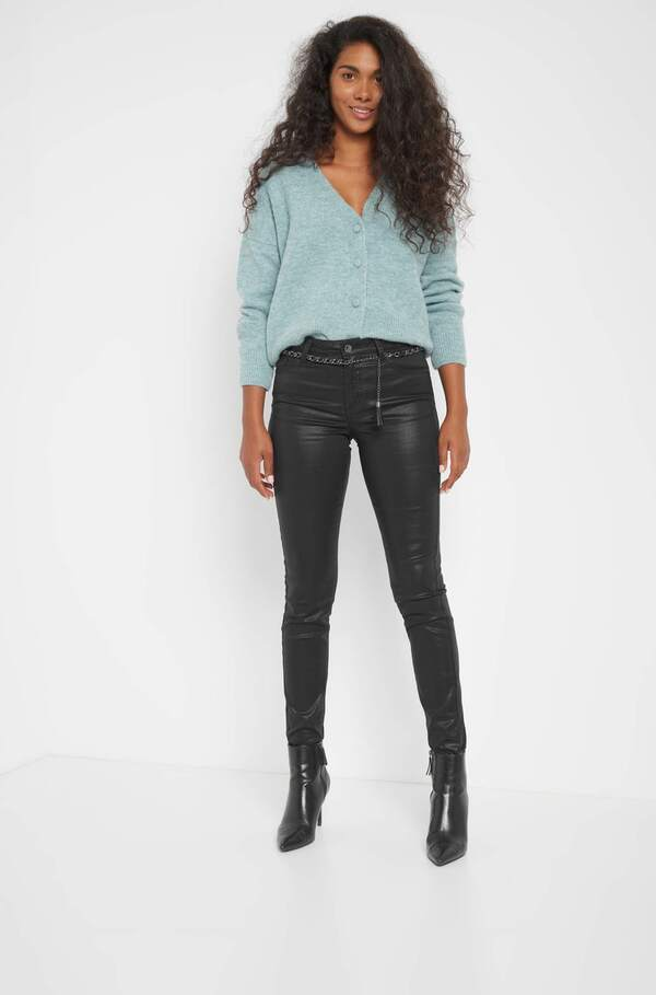 Skinny Hose mit Kettengürtel