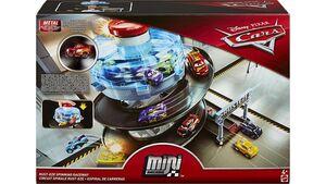 Mattel - Disney Cars Rust-Eze Dreh-Action-Rennbahn Spielset