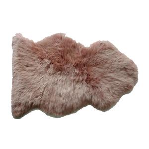 Schaf-Fell rosa 85 x 55 cm