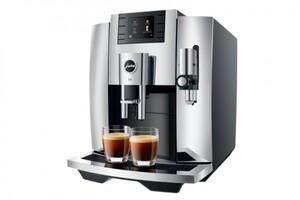 JURA Kaffeevollautomat E8 chrom ,  1450 Watt, One Touch