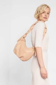 Hobo Bag mit Zierknoten