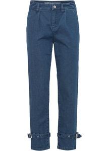 Jeans mit Schnalle