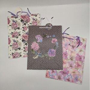 Geschentasche, 27 x 34,5 x 11 cm, verschiedene Blütenmotive