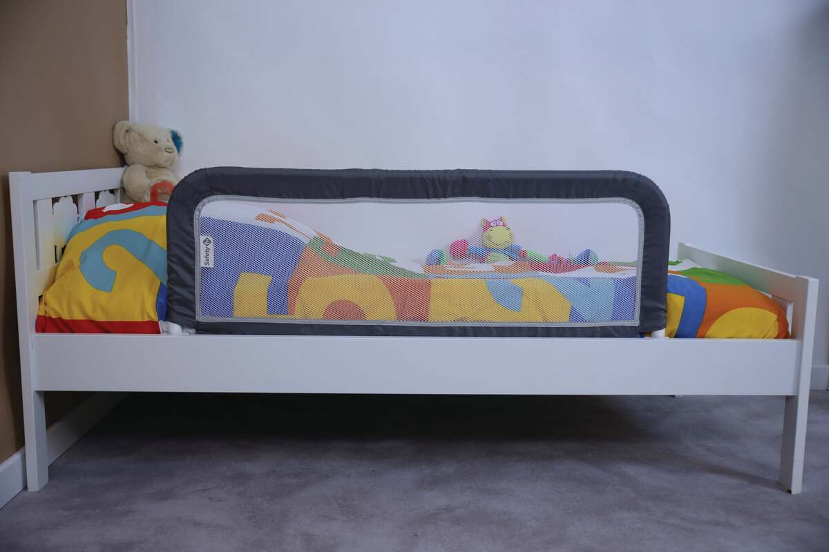 Bild 5 von Safety 1st              Tragbares Bettgitter, Grey Patches