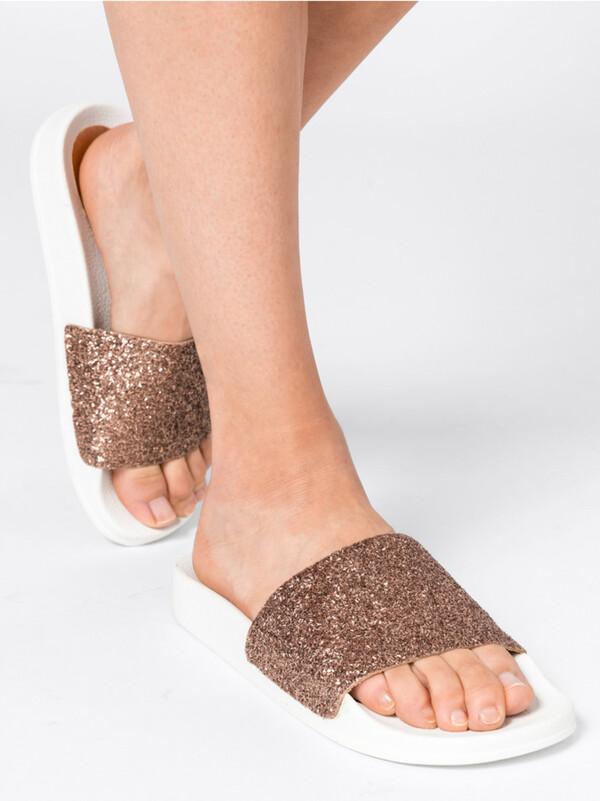 Pool-Slides mit Glitter