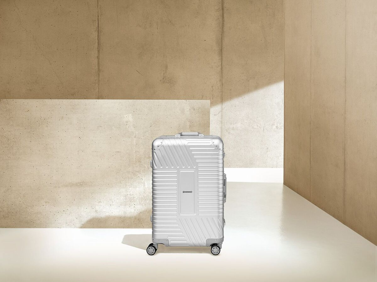 Bild 8 von TOPMOVE® Aluminium Koffer 68l, silber