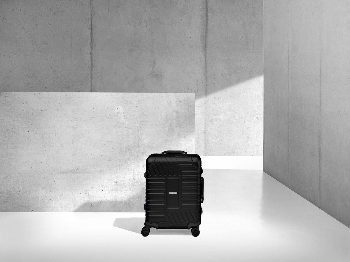 Bild 7 von TOPMOVE® Aluminium Koffer 32l, schwarz