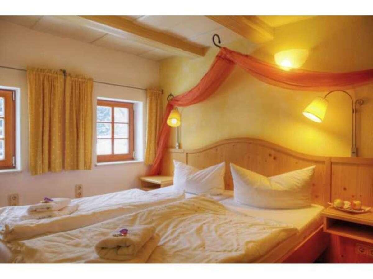 Bild 3 von Romantik Hotel Zum Lindengarten