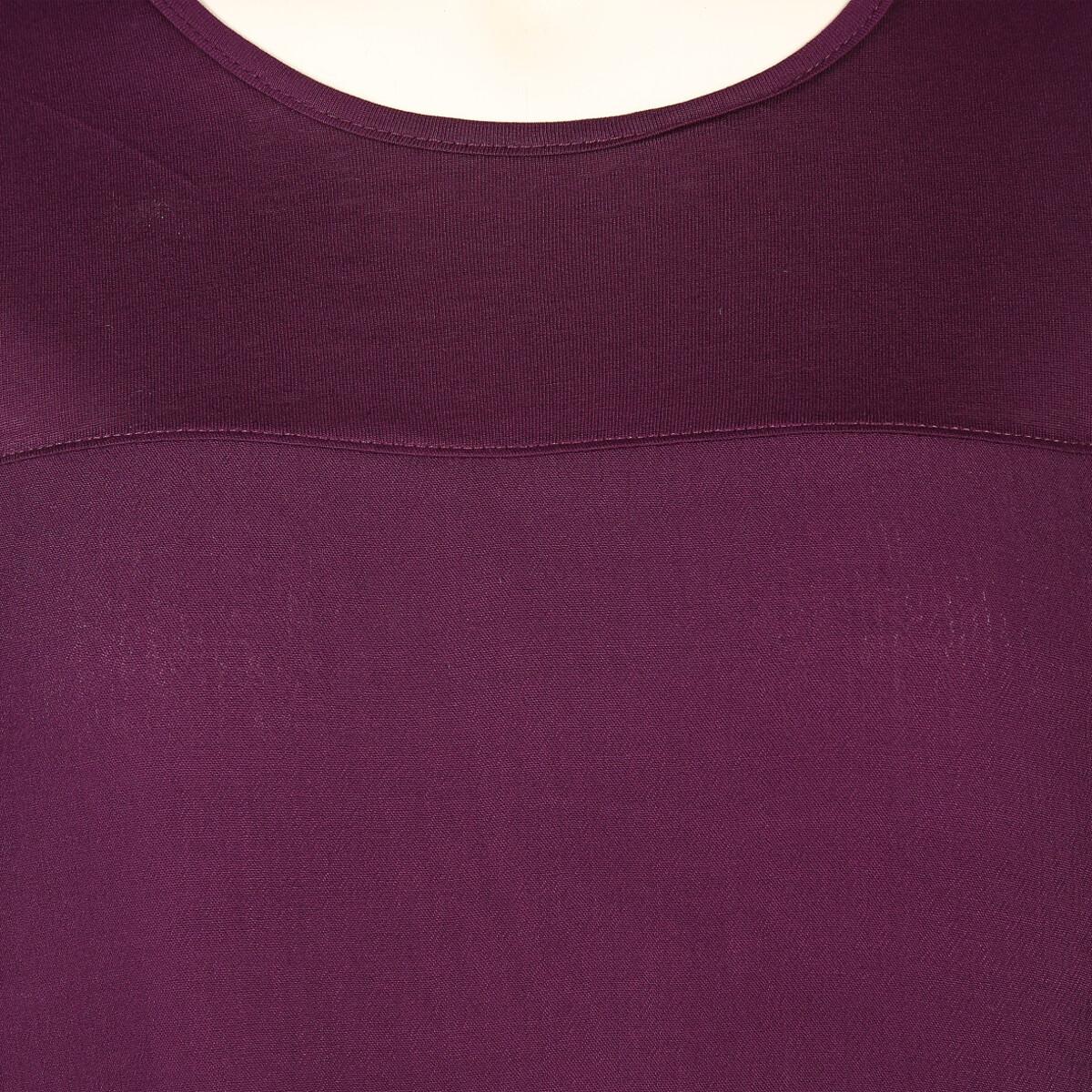 Bild 3 von Große Größen Shirt im Materialmix