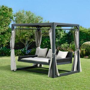 Pavillon und Gartenliege Provence1