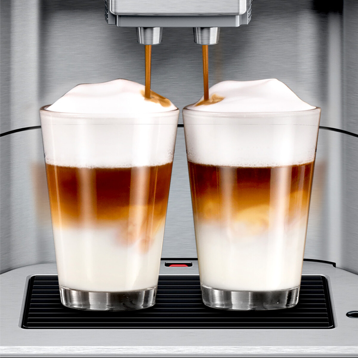 Bild 5 von SIEMENS EQ.6 plus s700 TE657M03DE Edelstahl, schwarz Kaffeevollautomat (coffeeSelect Display, autoMilk Clean, oneTouch DoubleCup, beleuchtetes Tassenpodest, iAroma System)