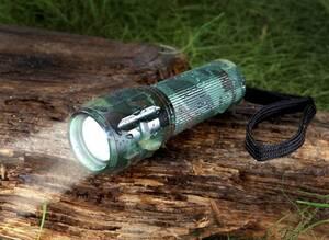 Fokussierbare 5 Watt Taschenlampe - CREE LED, Holster, Tarnfarben