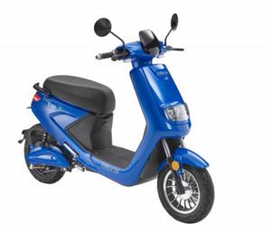 blu:s E-Roller XT2000 25 km/h, blau