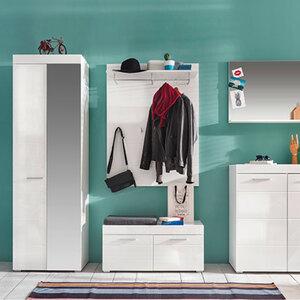 Garderobenschrank1