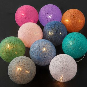 LES BELLES Cotton Ball Lichterkette 10 Lichter mit USB-Batteriefach