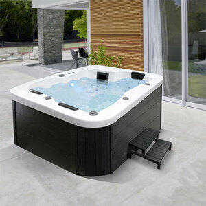 Outdoor Whirlpool White Marble1