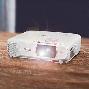 Full-HD-Projektor mit 1080p Epson Beamer EH-TW7101