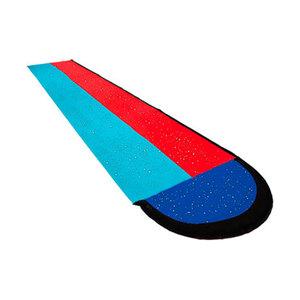 Wasserrutsche mit Surfboards1