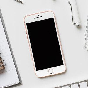 Generalüberholtes iPhone 8 64GB, gold1