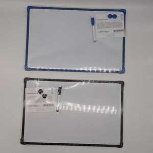 Whiteboard mit Stift und 2 Magneten, verschiedene Farben