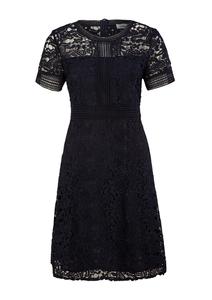 Damen Tailliertes Kleid aus Spitze