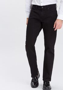 Cross Jeans Relax-fit-Jeans Antonio, Besonderes Stitching an den Gesäßtaschen