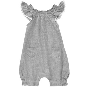 Baby Spieler mit Herz-Taschen