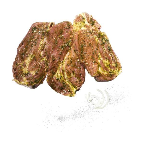 Frische Schweinenackenkoteletts natur oder mariniert, Schweinenackenbraten mit Knochen