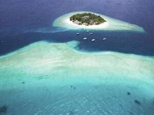 Malahini Kuda Bandos Resort