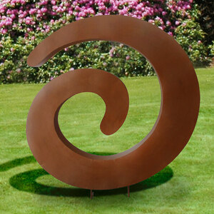 Deko-Objekt Rost im Garten
