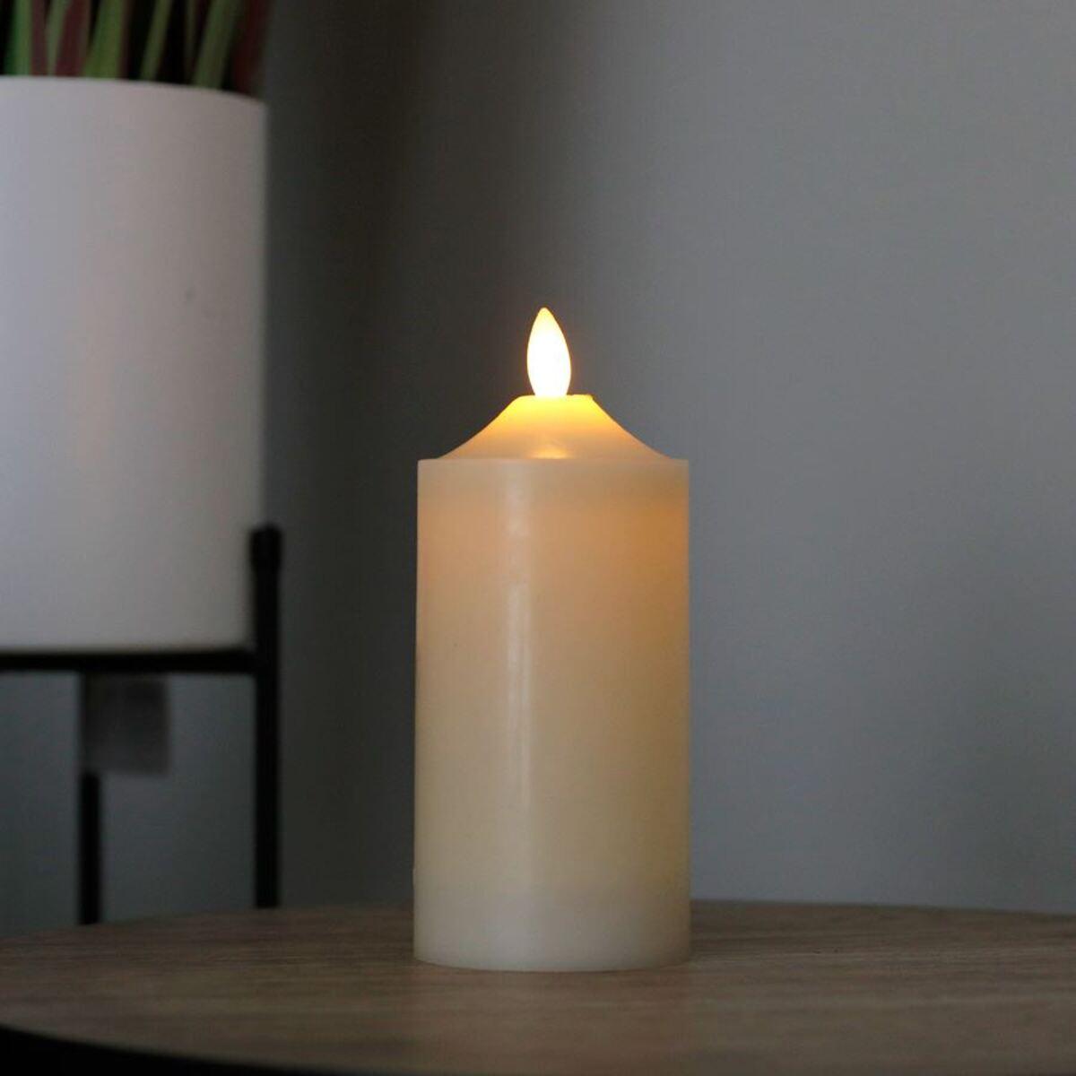 Bild 1 von LED-Altarkerze 7,5x17,5cm Elfenbein
